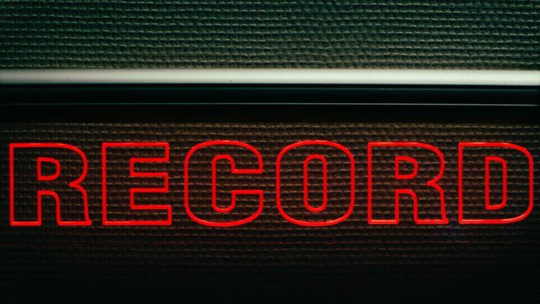 Record sign studio Podcast